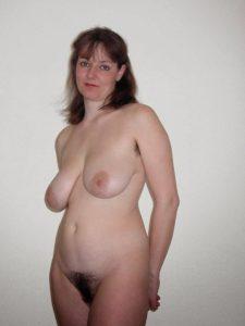Maman infidele du 11 cherche amant TTBM discret