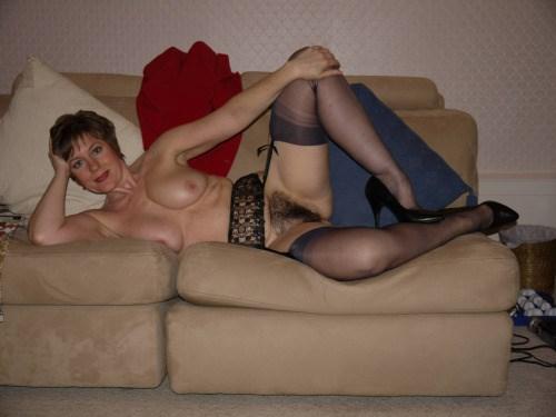 Rencontre extraconjugale dans le 18 avec cougar sexy mariée