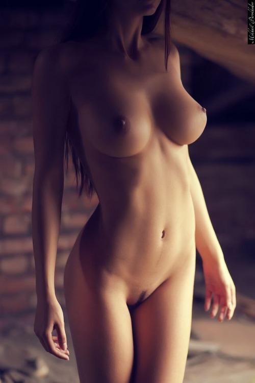 maman nue du 34 veut du sexe